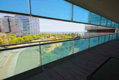 Просторная квартира с видом на море и город